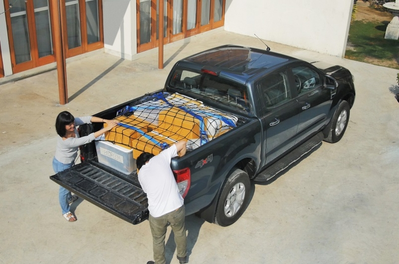 Lưới bảo vệ đồ trên thùng xe bán tải