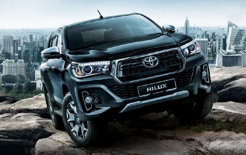 Xe bán tải Toyota Hilux