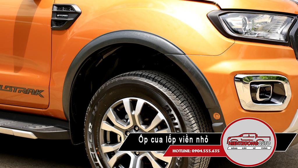 Op-cua-lop-xe-ford-ranger-lap-dat-tai-ha-noi