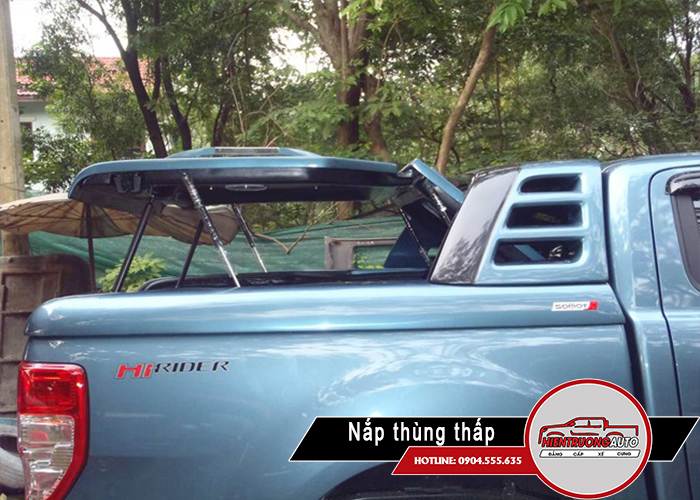 nap-thung-xe-ban-tai-ford-range-mo-90-do