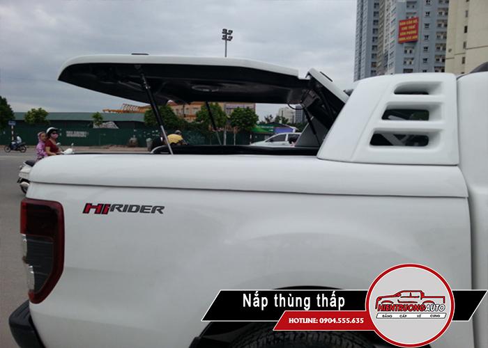 nap-thung-xe-ban-tai-ford-ranger-mo-90-do