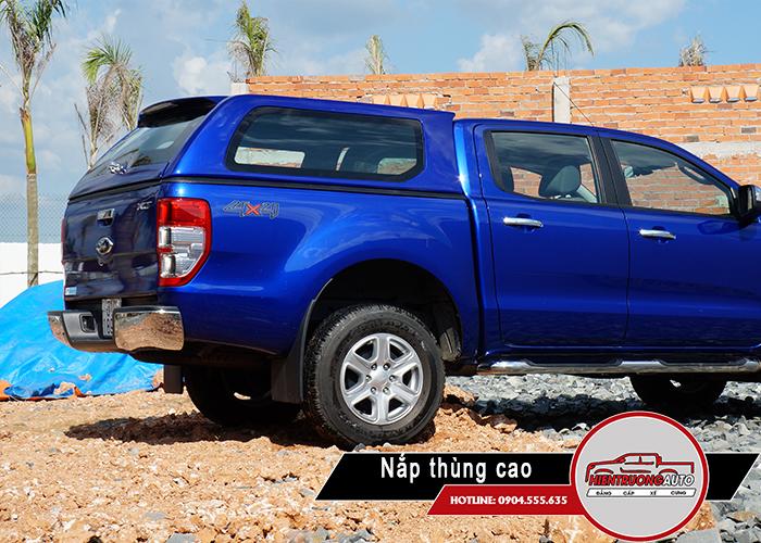 nap-thung-xe-ban-tai-ford-ranger-loai-cao
