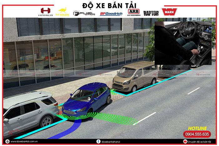 kich-hoat-tinh-nang-an-do-xe-tu-dong-tren-xe-ford.jpg5