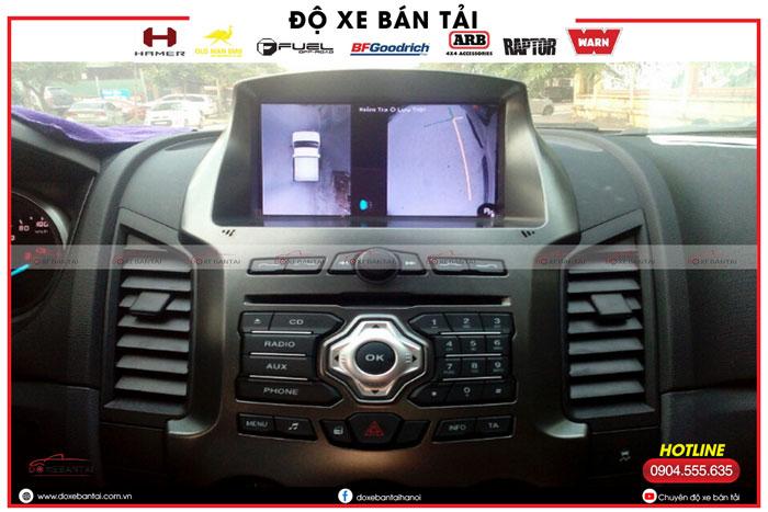 mat-camera-ben-kinh-lai-xe-ford.jpg3