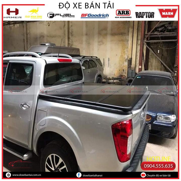 nắp-thùng-ba-tấm-xe-bán-tải-Navara6