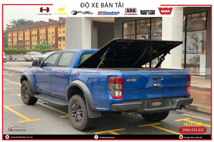 nap-thung-ba-tam-xe-Ford-Raptor-3