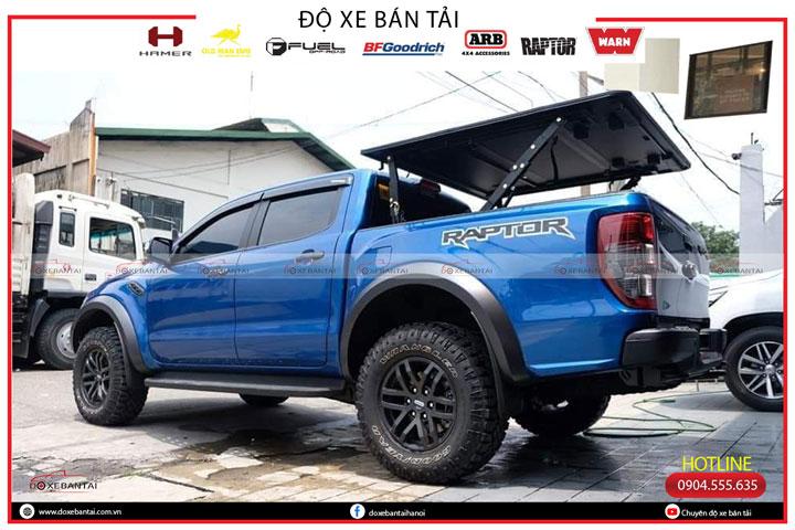 nap-thung-ba-tam-xe-Ford-Raptor-5