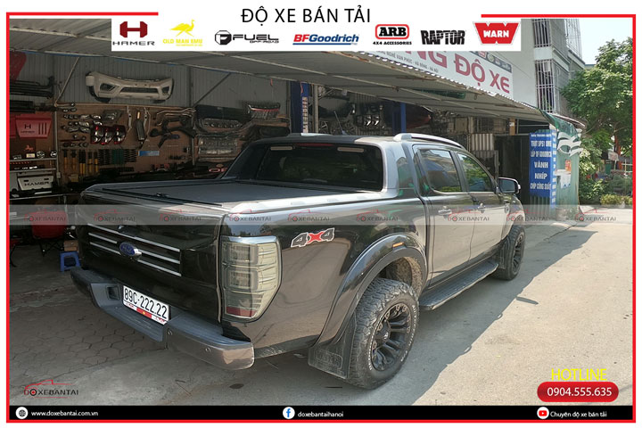 nap-thung-xe-Ford-Raptor-1