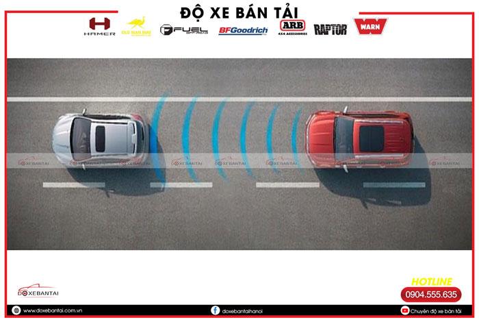 radar-tu-phanh-tren-xe-ford.jpg2