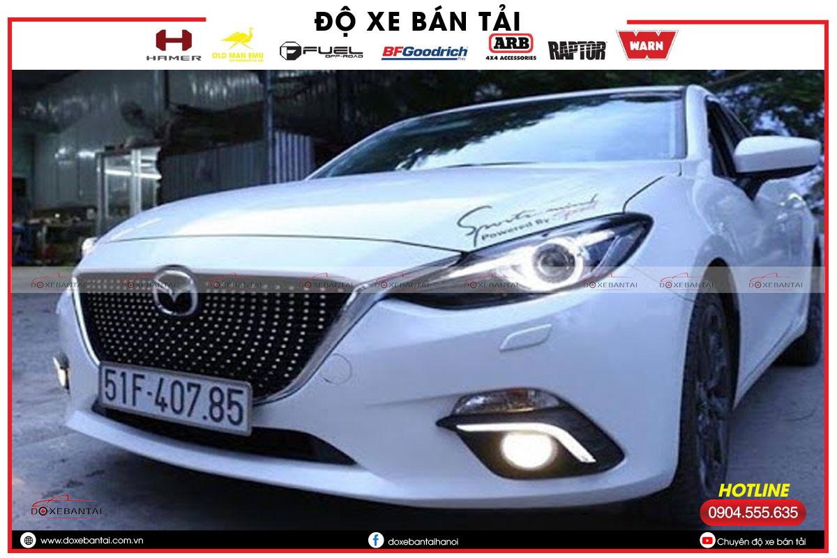 Nhung-dieu-ban-can-biet-khi-do-den-Mazda2-4.jpg