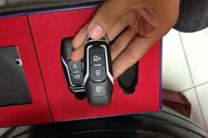 Làm chìa khóa thông minh cho xe Ford Ranger tăng sự tiện ích sử dụng