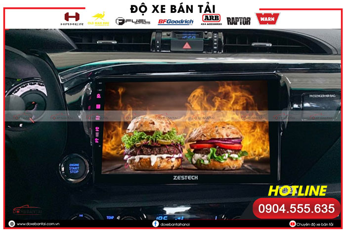 man-hinh-android-cho-xe-hilux-1
